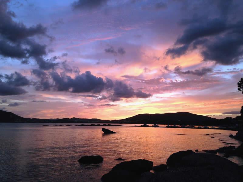 tramonto sul mare di Ibiza